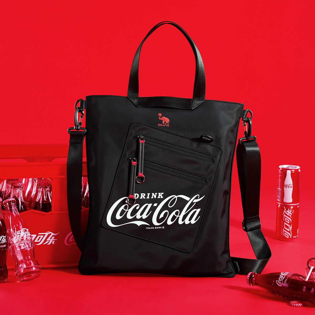 爱华仕可口可乐联名设计款男士包包单肩斜挎包